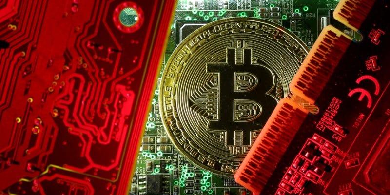 Co je Bitcoin? Neříkej, že ho ještě kousek nemáš?