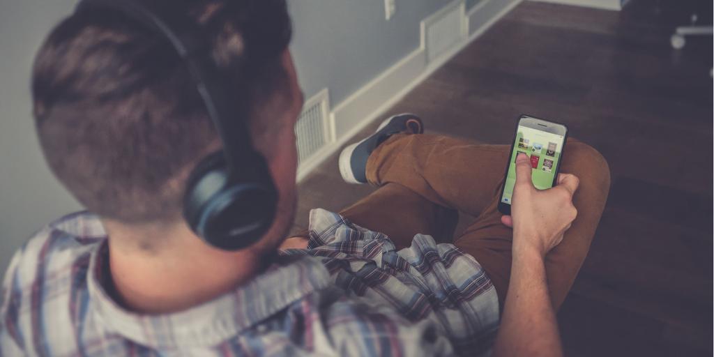 Jak se vzdělávat pomocí podcastů? Ukážeme ti jak na to!