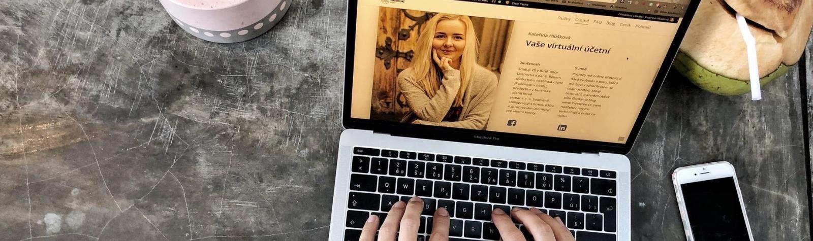 Díky online účetnictví už po úřadech a za účetní nemusíš běhat osobně