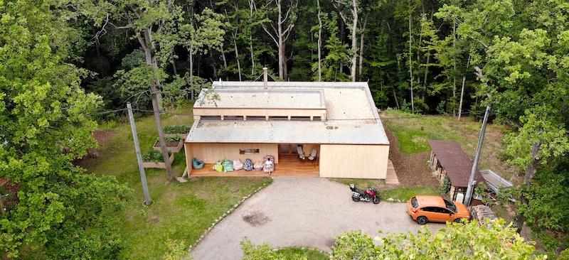 Je komunitní bydlení v lese, coworking a coliving 2.0 nový trend?